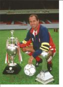 George Graham Signed 8x12 Arsenal Photo. Good condition. All autographs come with a Certificate of