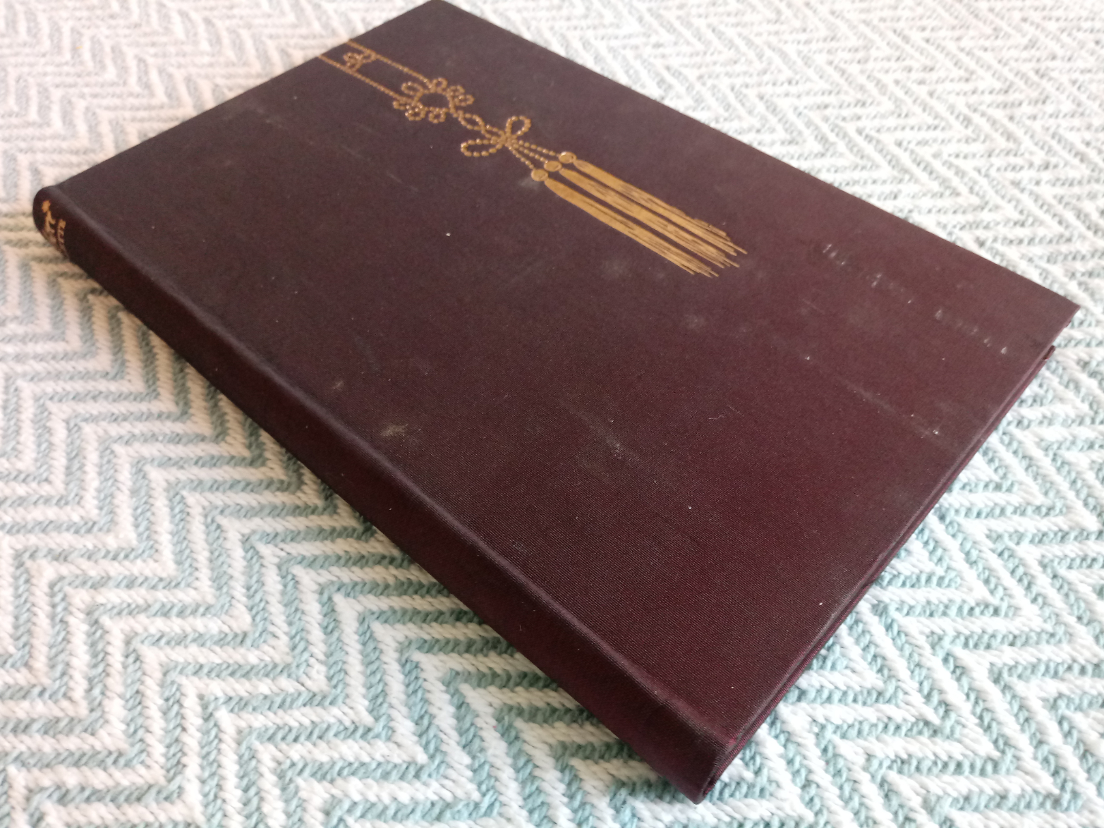Cheri by Colette translated by Roger Senhouse hardback book 160 pages Published 1963 The Folio