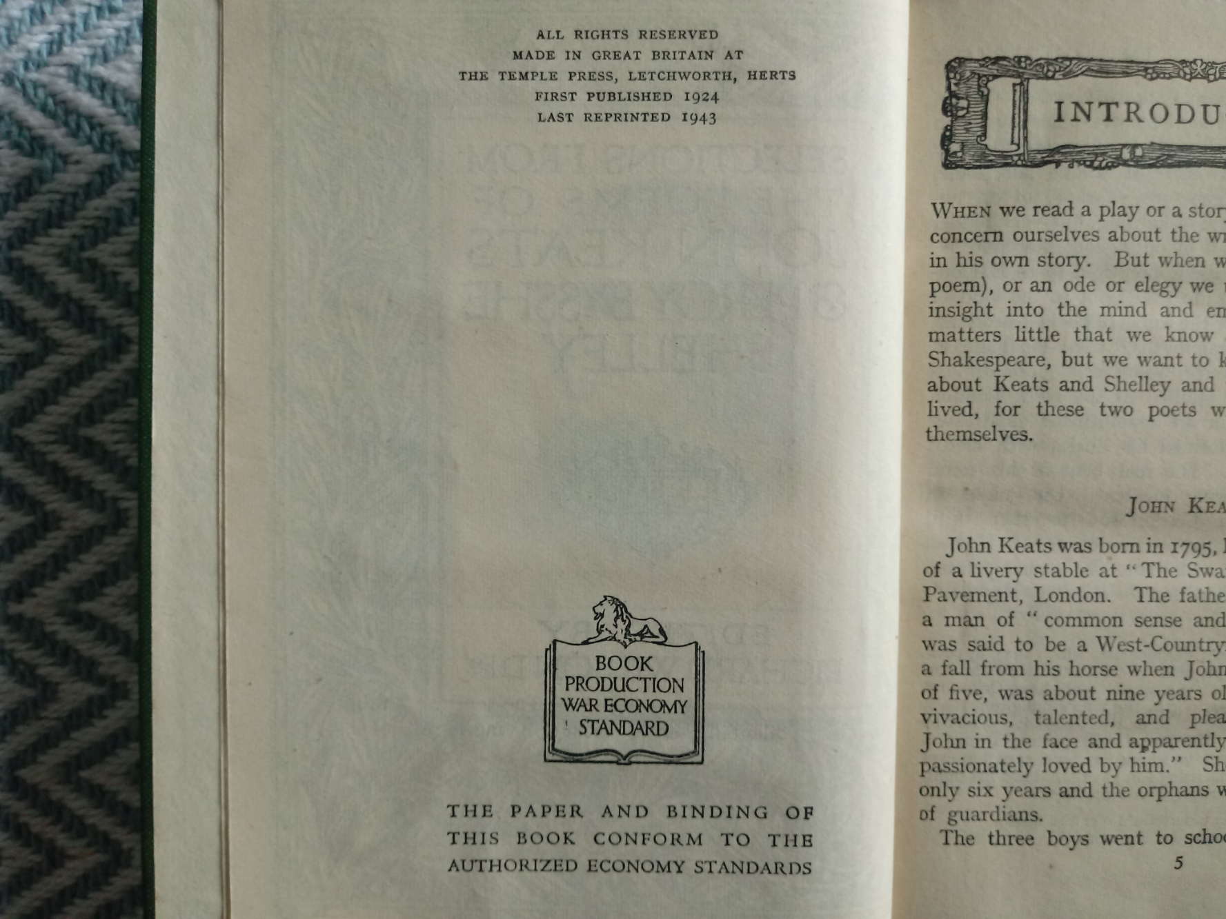Selections From The Poems Of John Keats And Percy Bysshe Shelley Edited by Richard Wilson 256 - Image 3 of 3