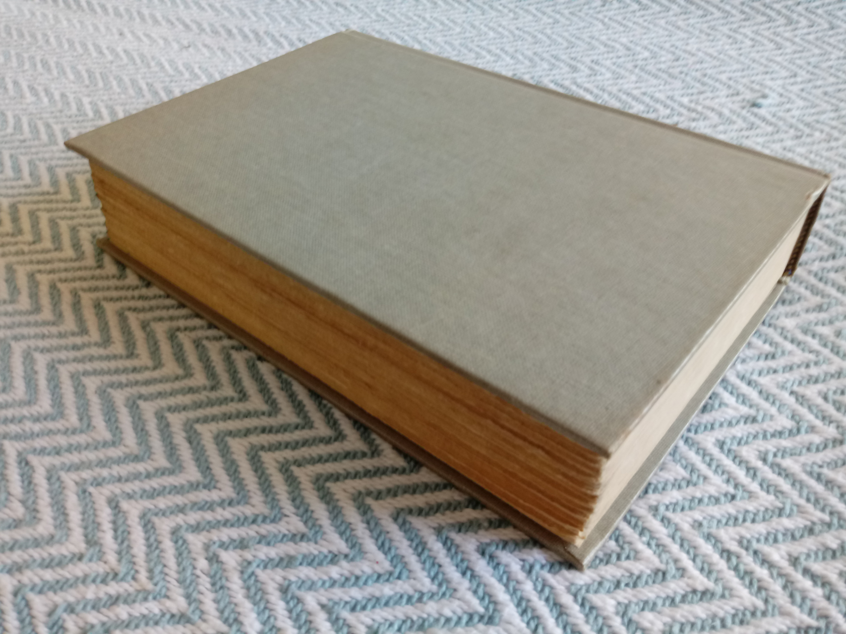 2 x The Tontine Volumes 1&2 by Thomas B. Costain hardback books 465 and 930 pages with inscription - Image 3 of 8