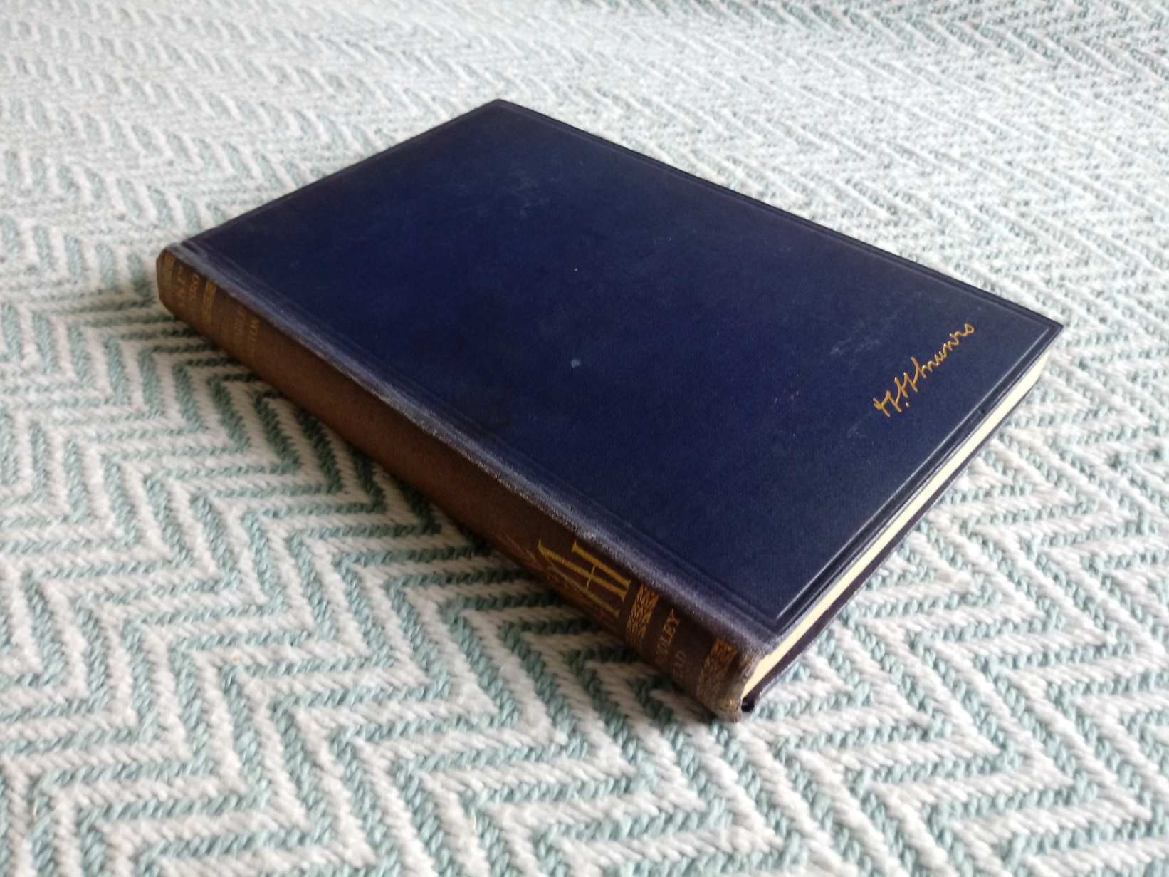 The Unbearable Bassington by Saki ( H. H. Munro) 244 pages with inscription on inside page Published