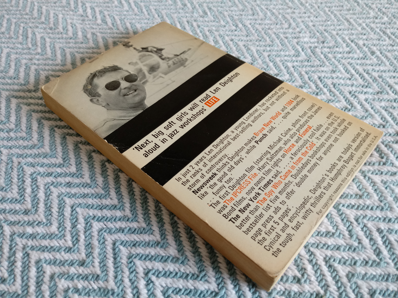 4 x Len Deighton softback books 1-Funeral in Berlin 256 pages publish Penguin books 1966 in good - Image 2 of 4