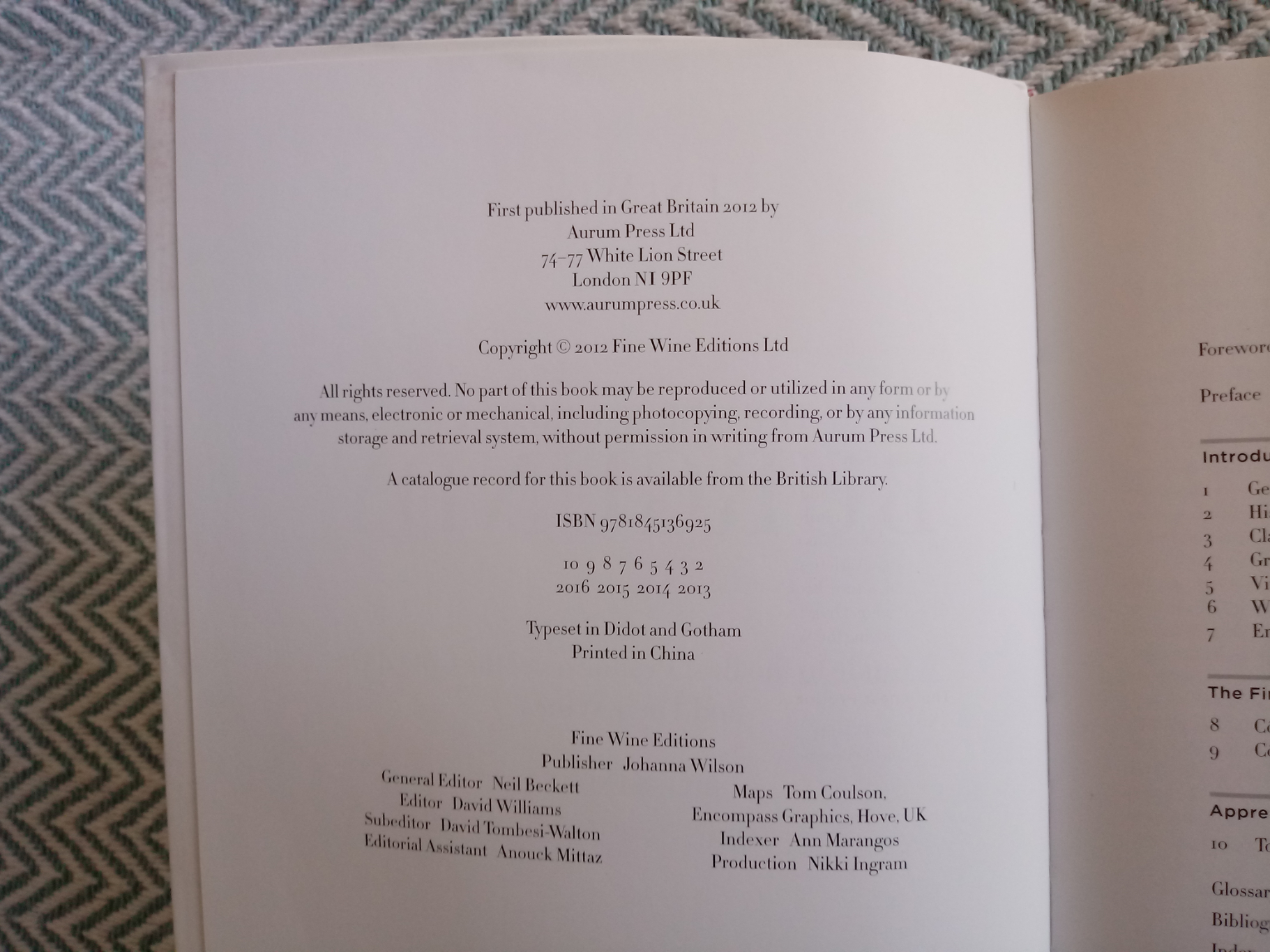 The Finest Wines of Burgundy by Bill Nanson softback book 320 pages inscribed on first page - Image 4 of 4