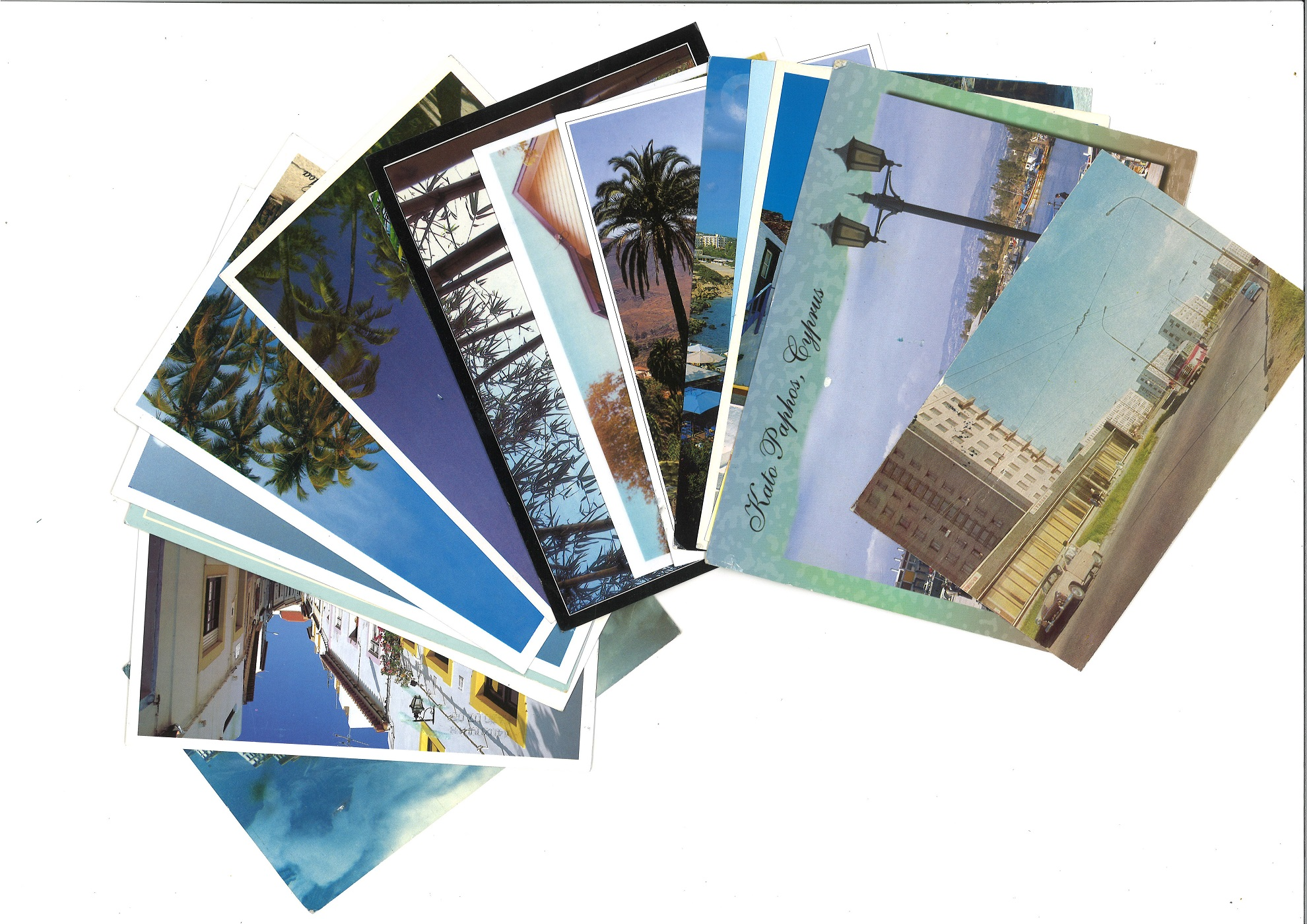 Postcard collection 16 cards from around the world plus 16 covers from GB. Good condition. We