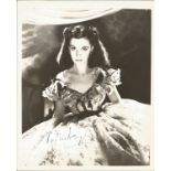 Vivien Leigh signed 10x8 vintage black and white photo. Vivien Leigh (5 November 1913 - 8 July 1967;