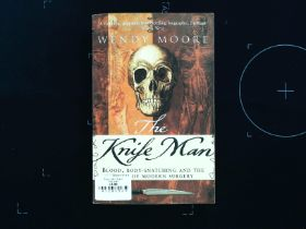 The Knife Man paperback book by Wendy Moore. Published 2006 Bantam Books ISBN 0-553-81618-7. 639