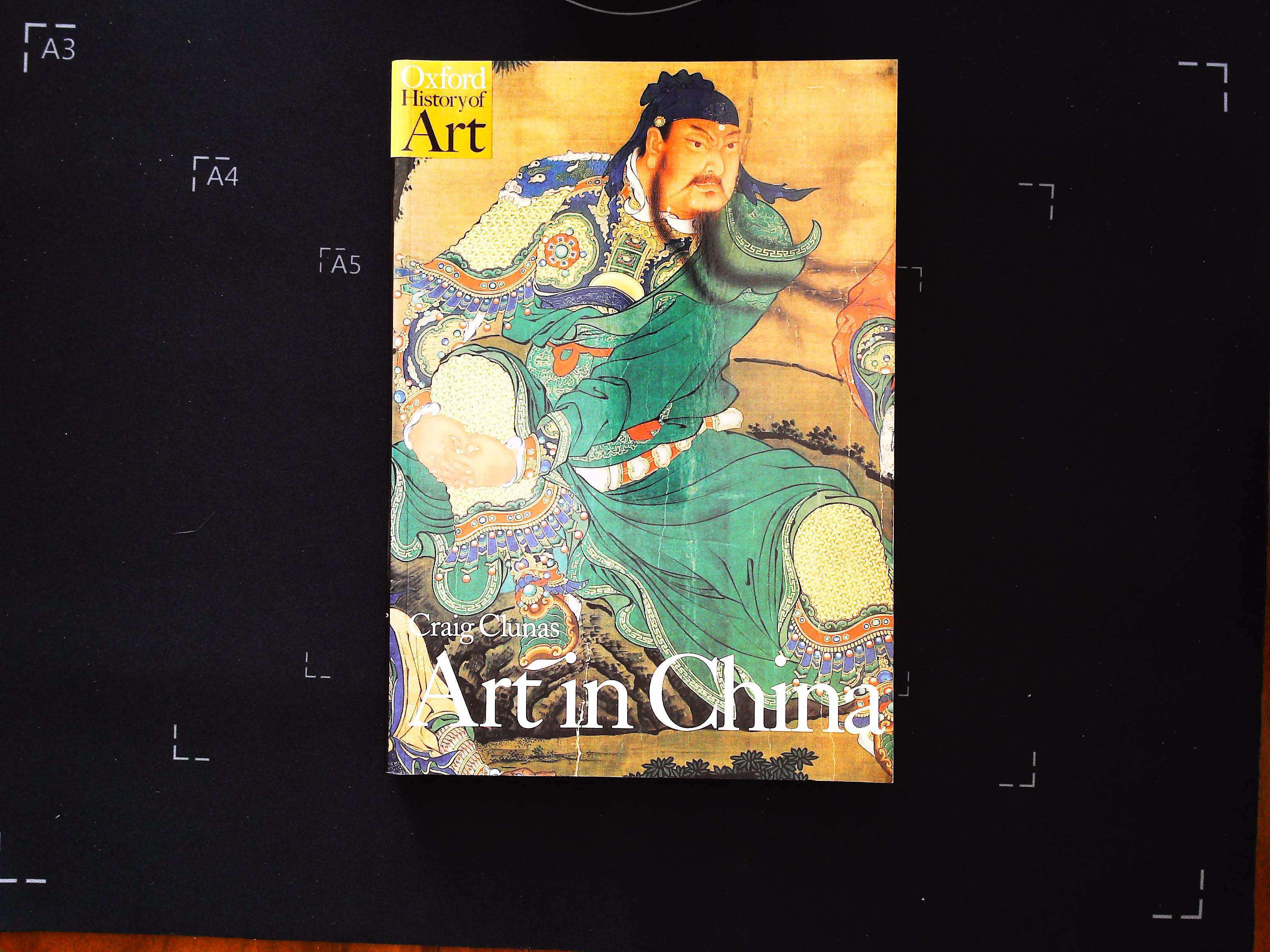 Art In China by Craig Clunas softback book 255 pages Published 1997 Oxford University Press. In good