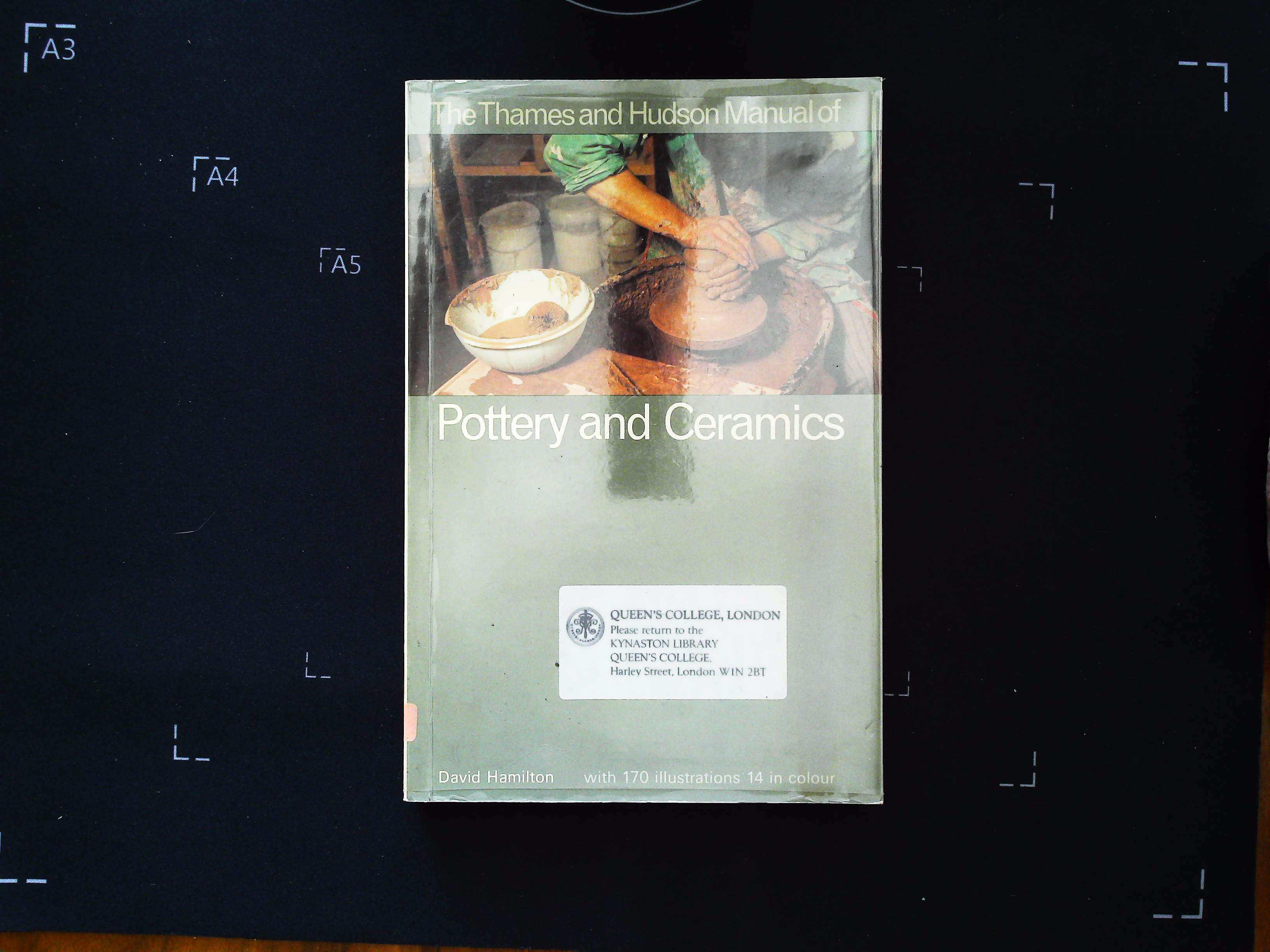 The Thames and Hudson Manual of Pottery and Ceramics by David Hamilton softback book 188 pages