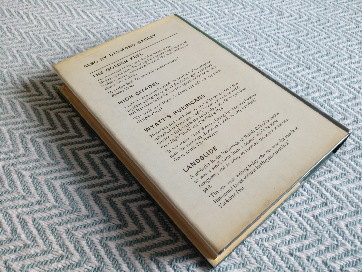 3 x Desmond Bagley hardback books published by Collins 1- Wyatt's Hurricane 287 pages 1966. In - Image 6 of 10