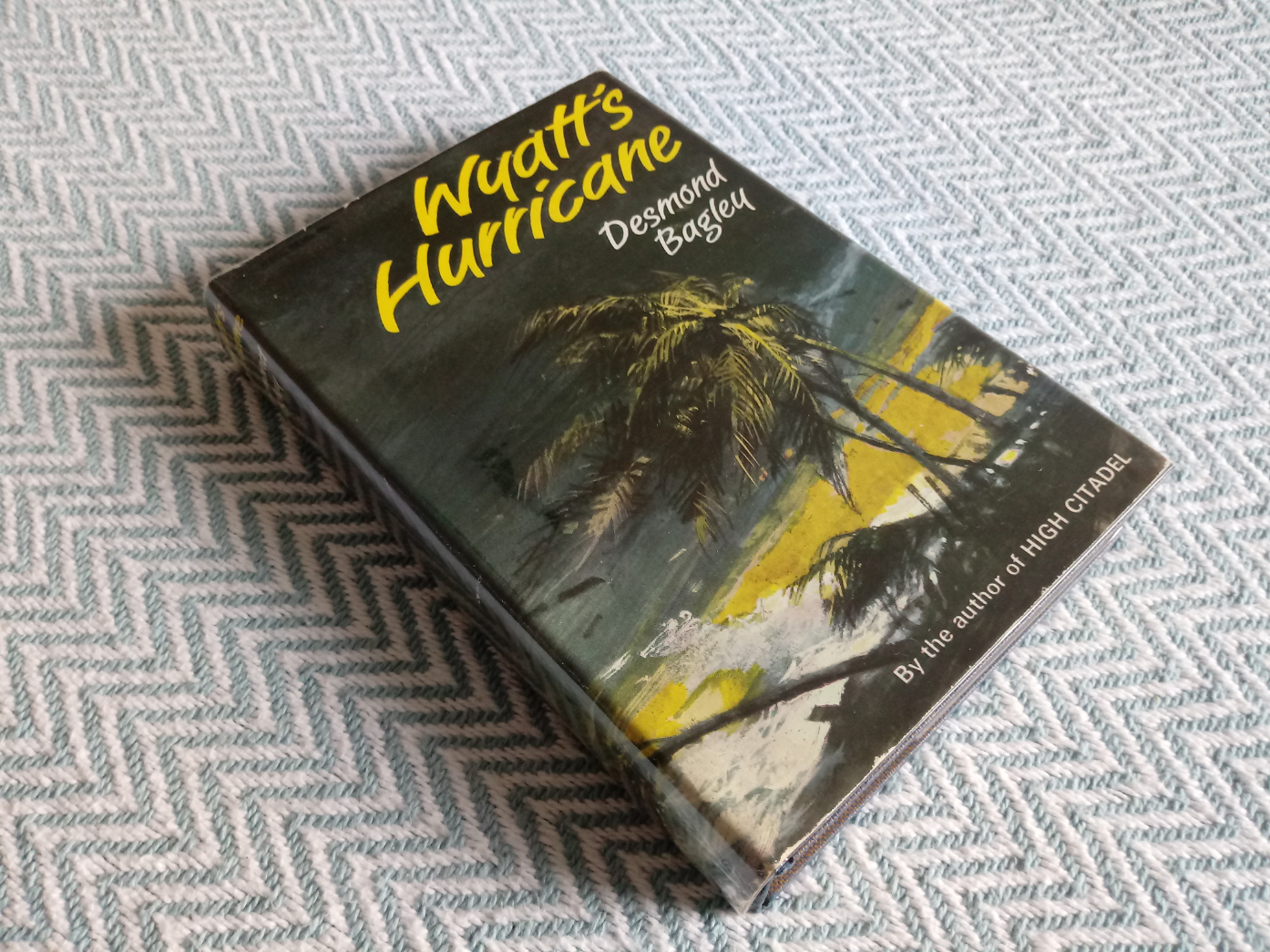 3 x Desmond Bagley hardback books published by Collins 1- Wyatt's Hurricane 287 pages 1966. In - Image 2 of 10