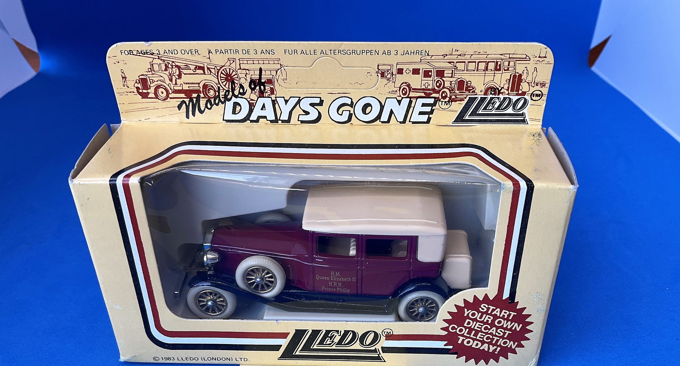 Vintage Toys. Days Gone vintage Models. HM Queen Elizabeth II and HRH Prince Philip retro car. Die-