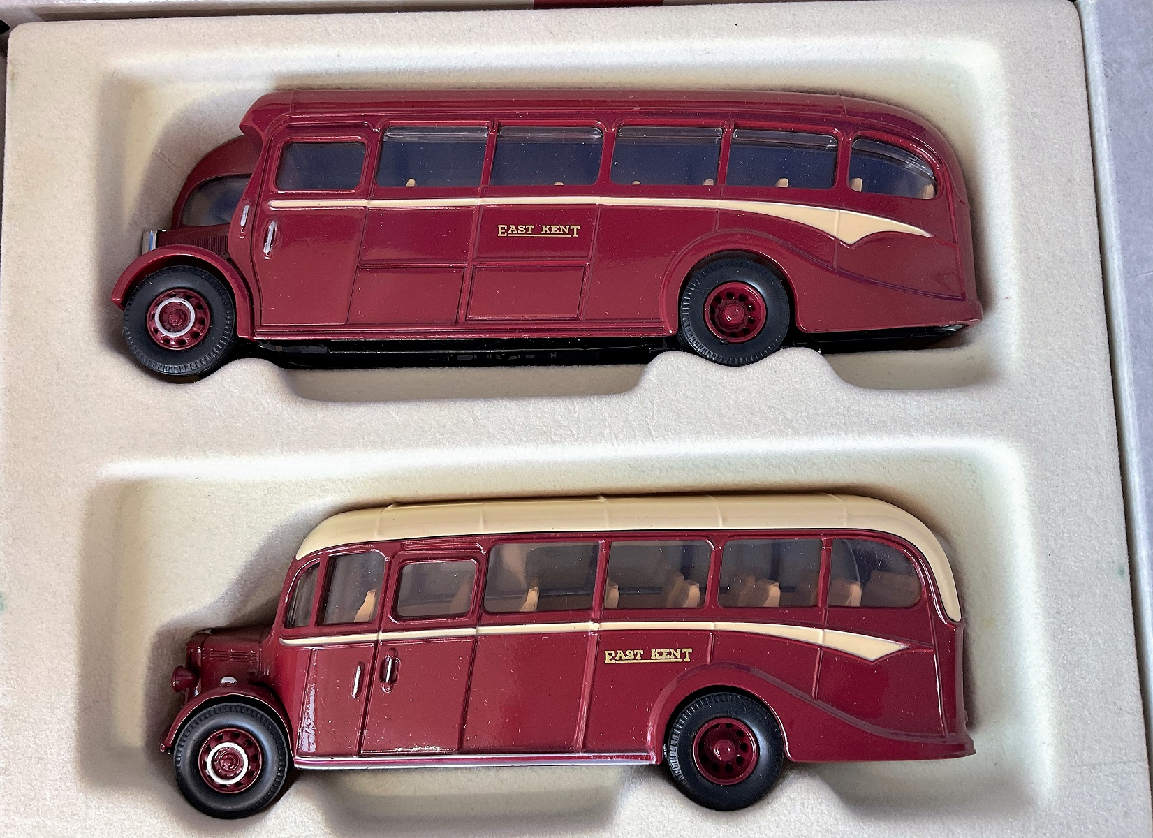 Vintage Toys. CORGI collection. TWO Die-cast metal and plastic EAST KENT busses. A 75 year quality - Image 2 of 2