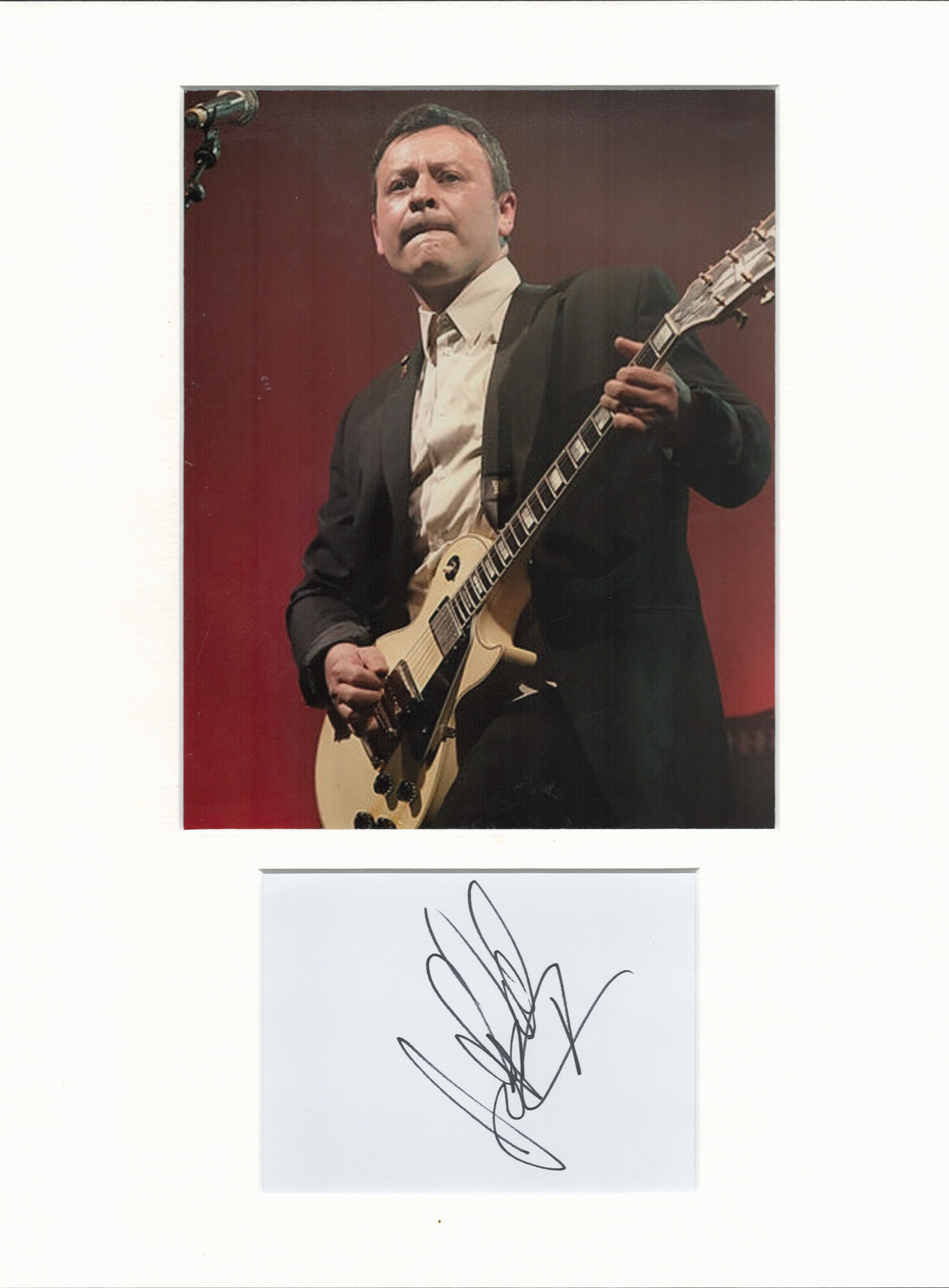 James Dean Bradfield signature piece in autograph presentation. Mounted with photograph to approx.