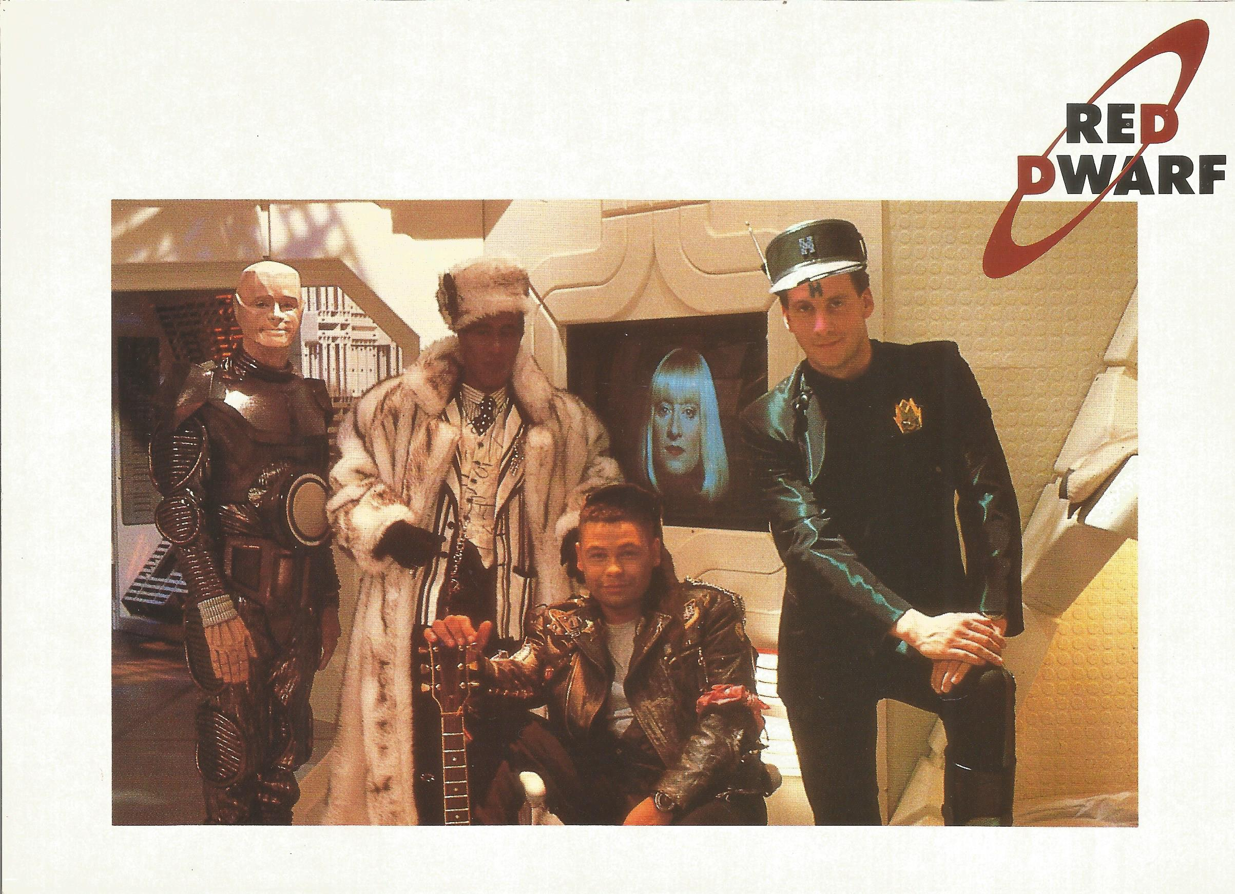 Robert Llewellyn signed 7x5 Red Dwarf colour photo inscribed on the reverse. Robert Llewellyn (