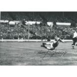 Harry Gregg (1932-2020) Signed 8x12 Northern Ireland Photo. Good Condition. All autographs are