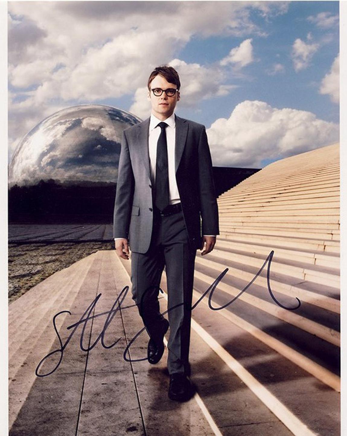 Blowout Sale! Fringe Seth Gabel hand signed 10x8 photo. This beautiful 10x8 hand signed photo