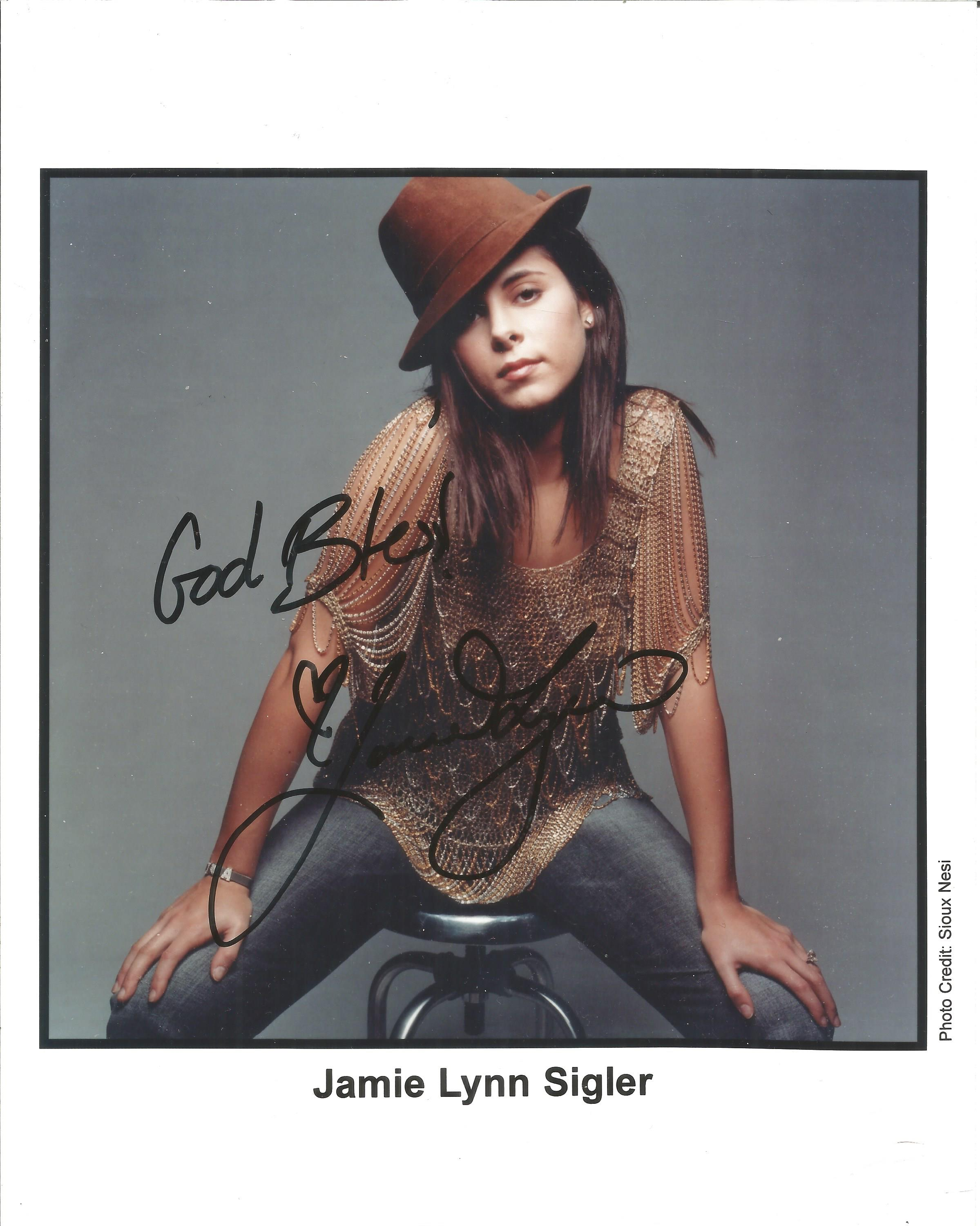 Jamie Lynn Sigler signed 10x8 colour photo. Good Condition. All autographs are genuine hand signed