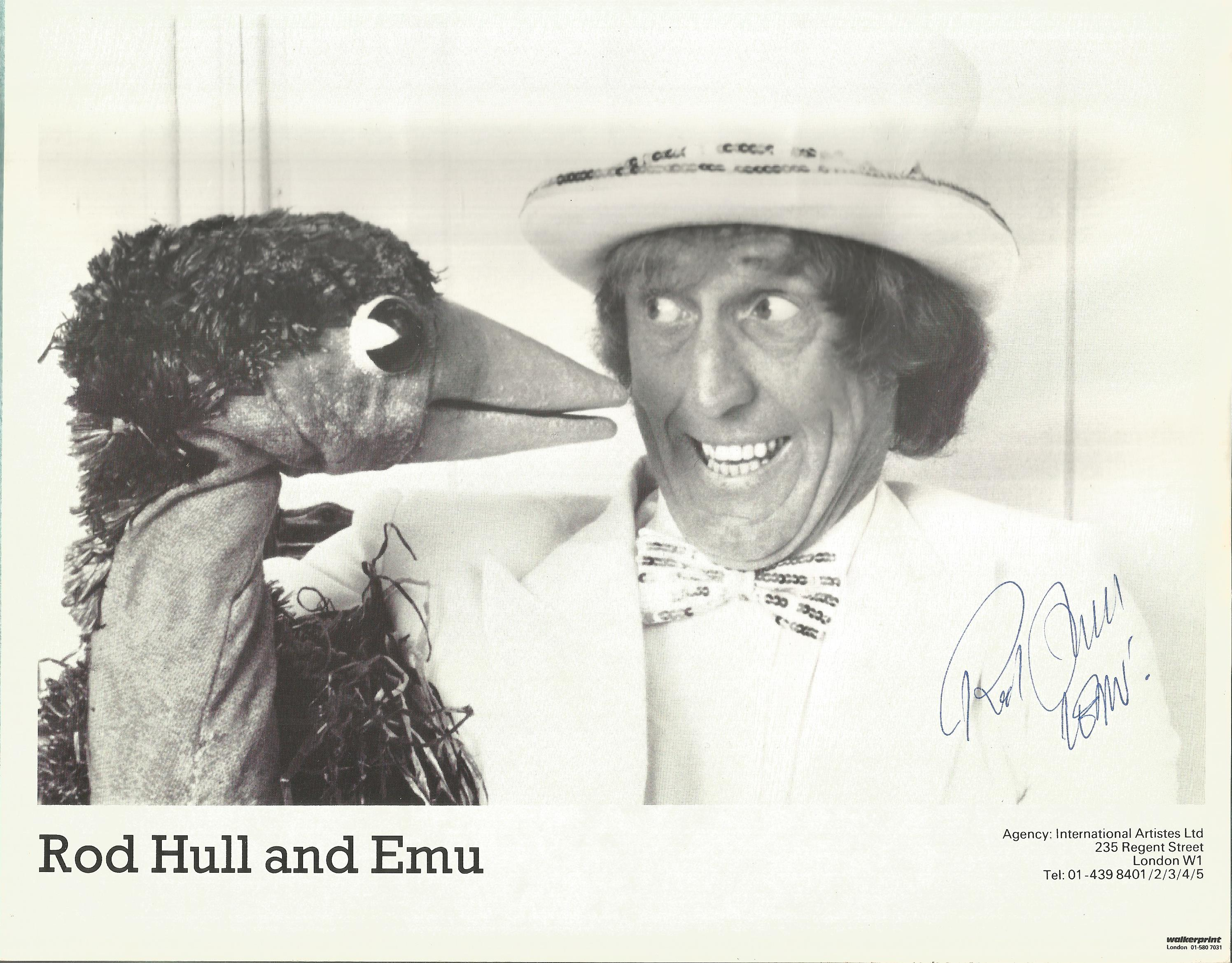Rod Hull signed 10x8 black and white photo. Rodney Stephen Hull (13 August 1935 - 17 March 1999) was