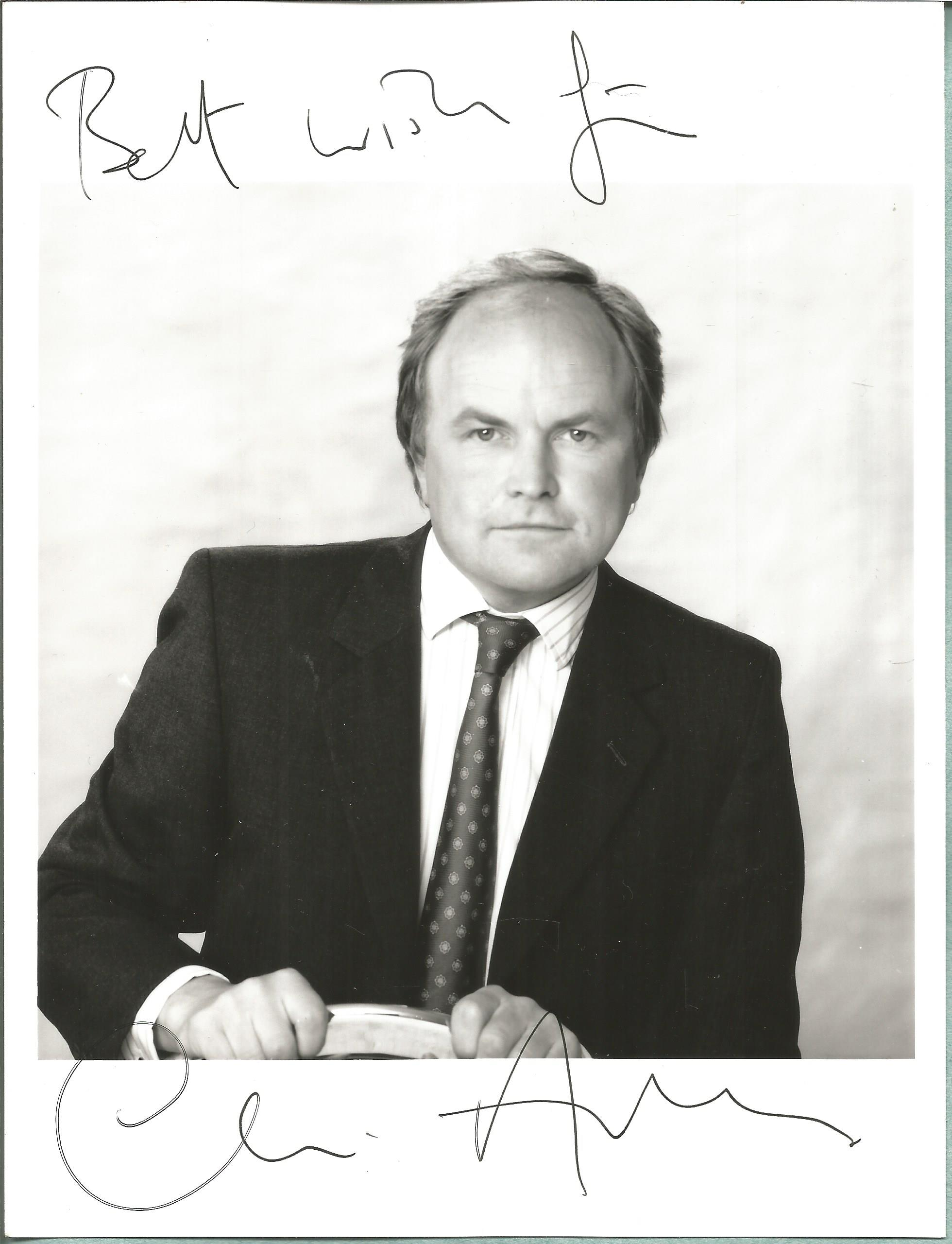 Clive Anderson signed 8x6 black and white photo. Clive Stuart Anderson (born 10 December 1952) is an