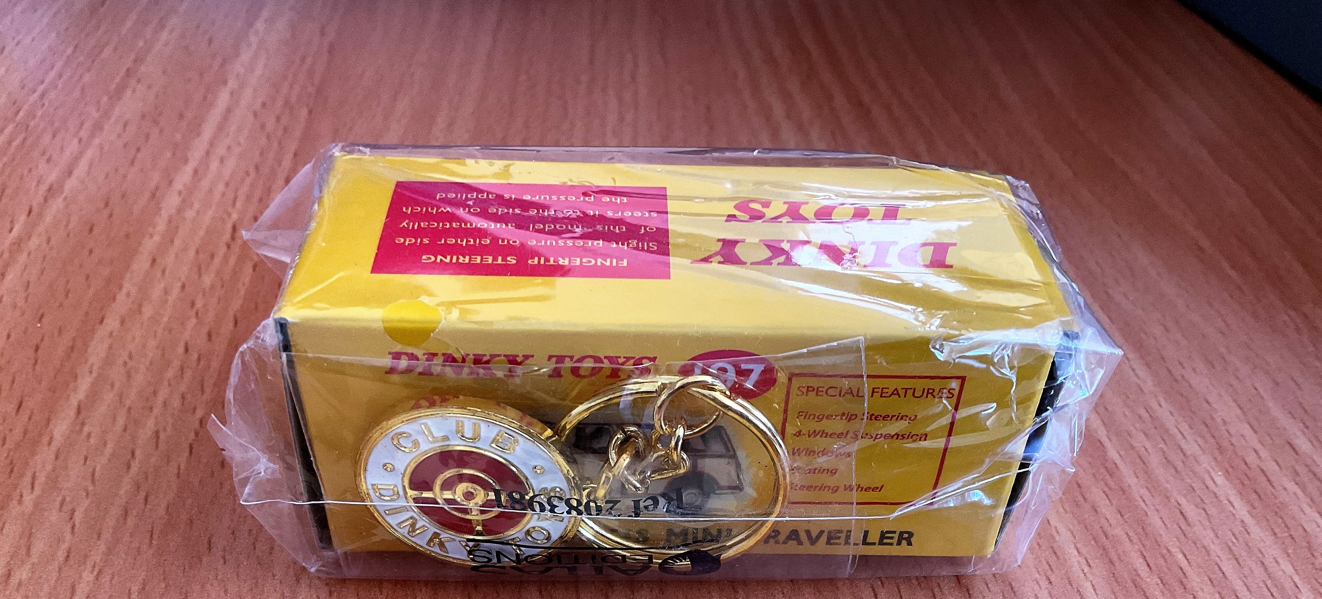 Vintage Toys. Dinky Toys collections. A Morris Mini-Traveller, in the original box, unopened, in