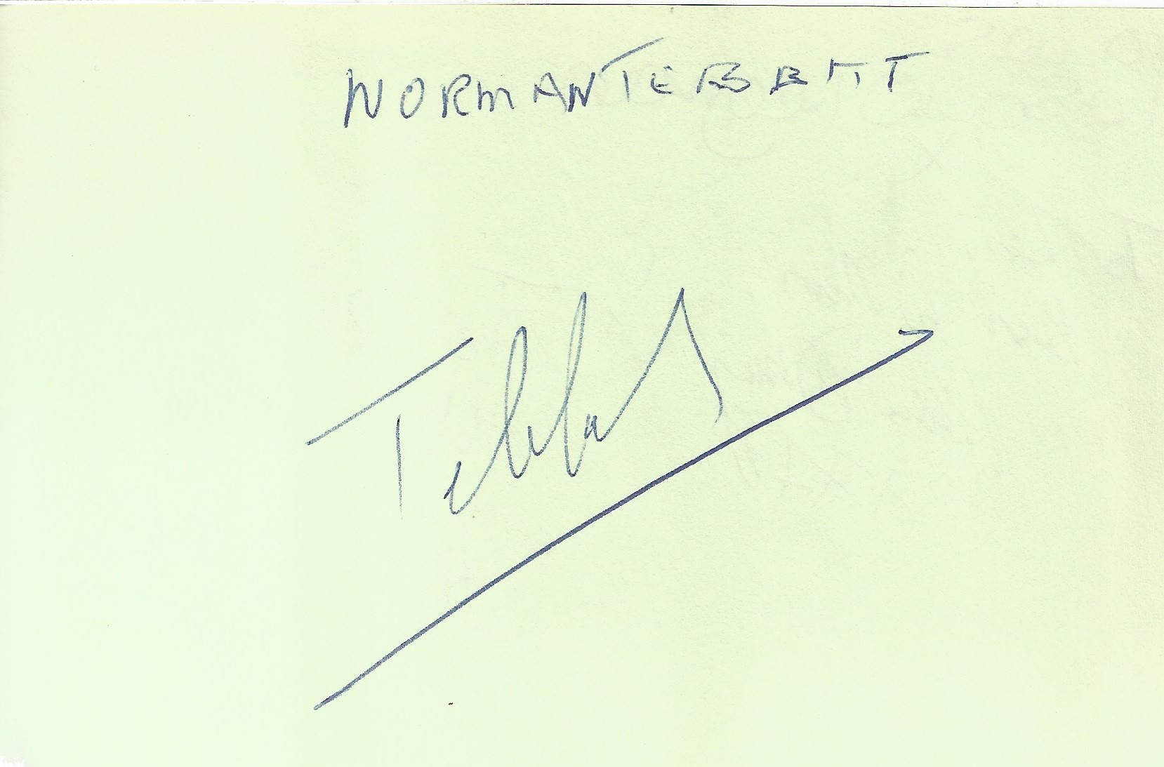 Red 6.5x4.5 Autograph book with 90 signatures including Tony Anholt, Peter Davison, Colin Baker, - Image 6 of 6