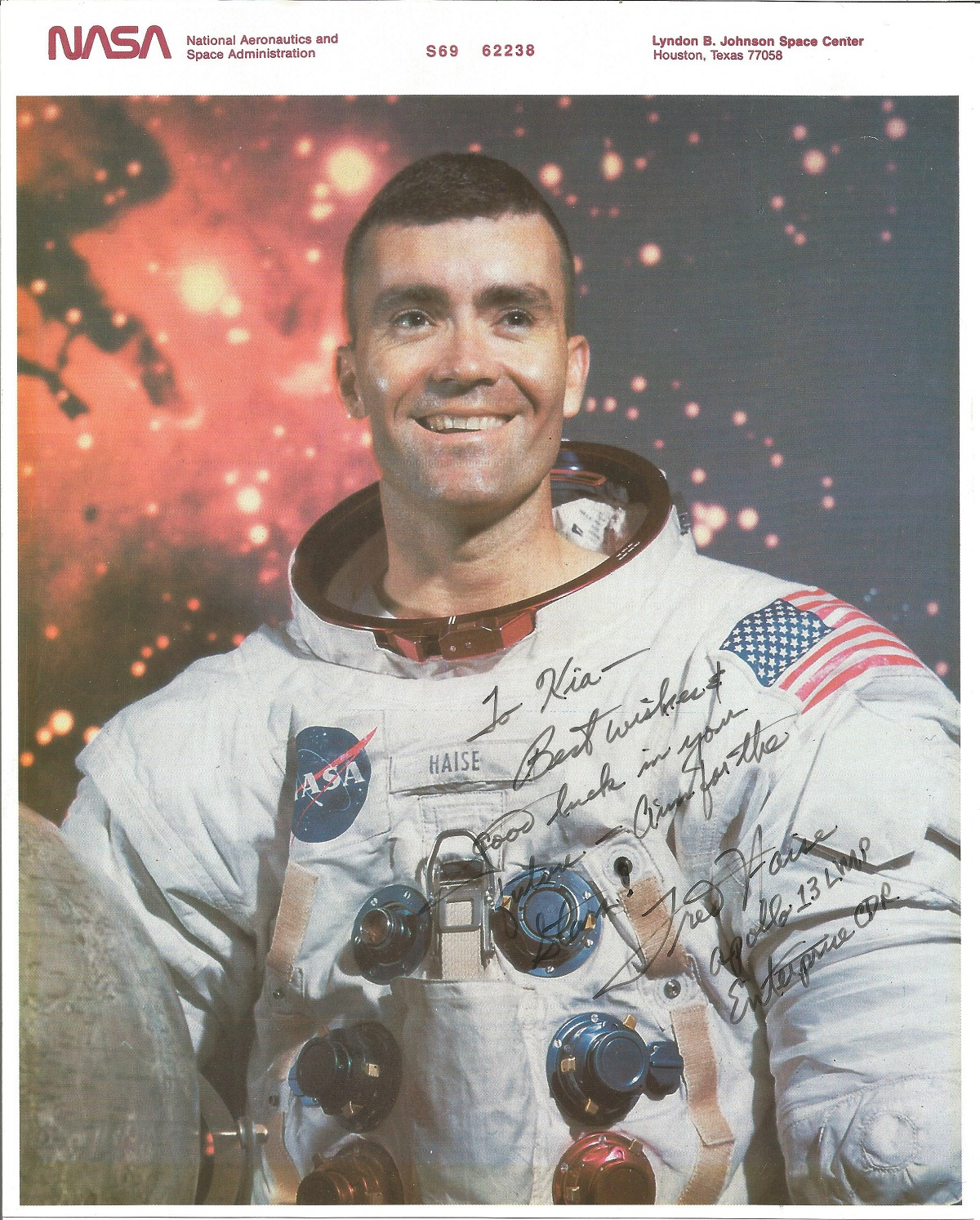 Fred Haise signed and inscribed 10x8 colour photograph. Haise is an American former NASA
