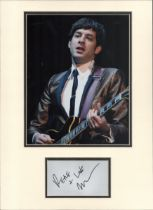 Mark Ronson signature piece in autograph presentation. Mounted with photograph to approx. 16 x 12