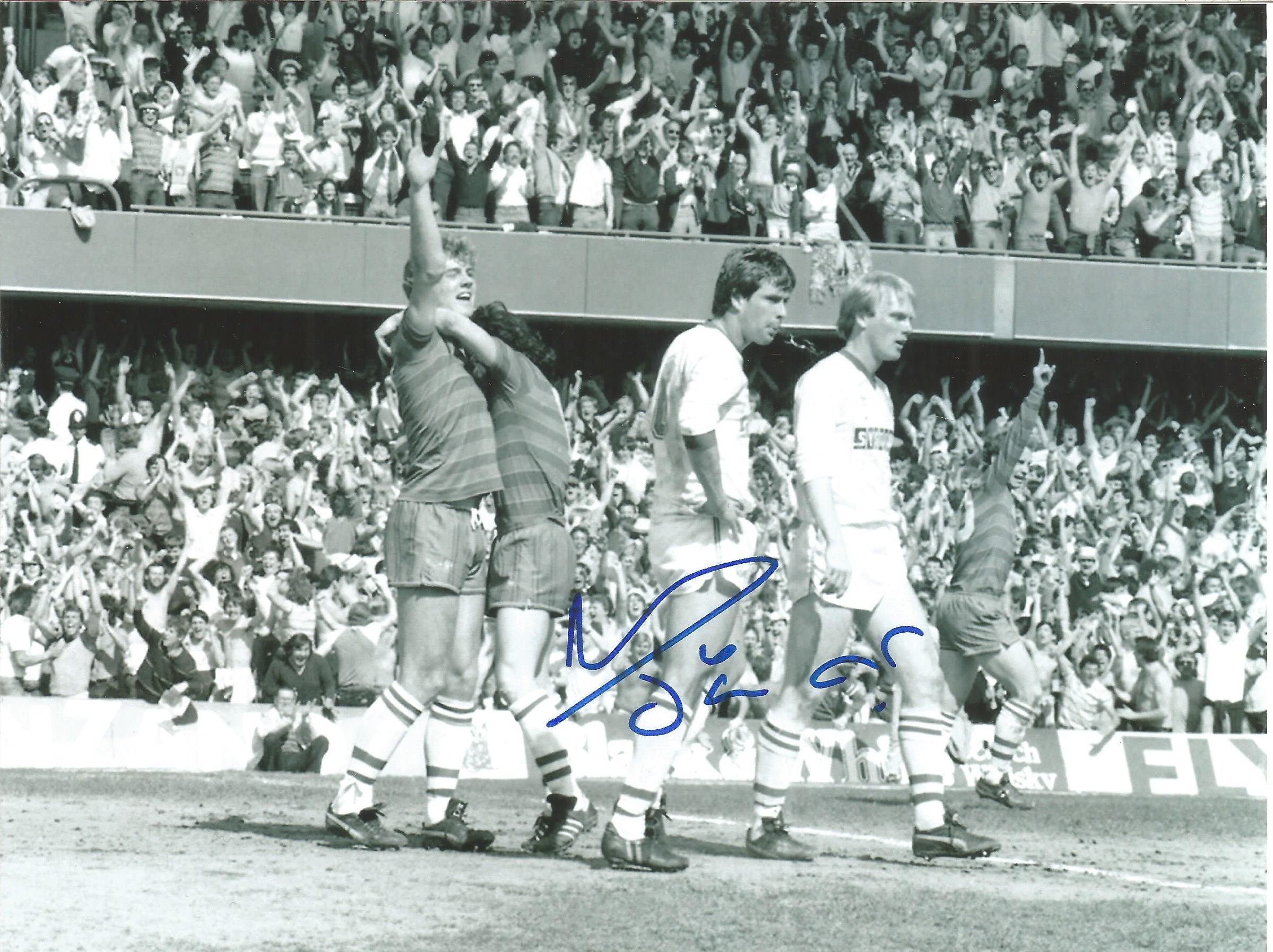 Football Autographed Chelsea 8 X 6 Photos Col & B/W, A Lot Of 8 Signed Photos Of Players From The - Image 2 of 4