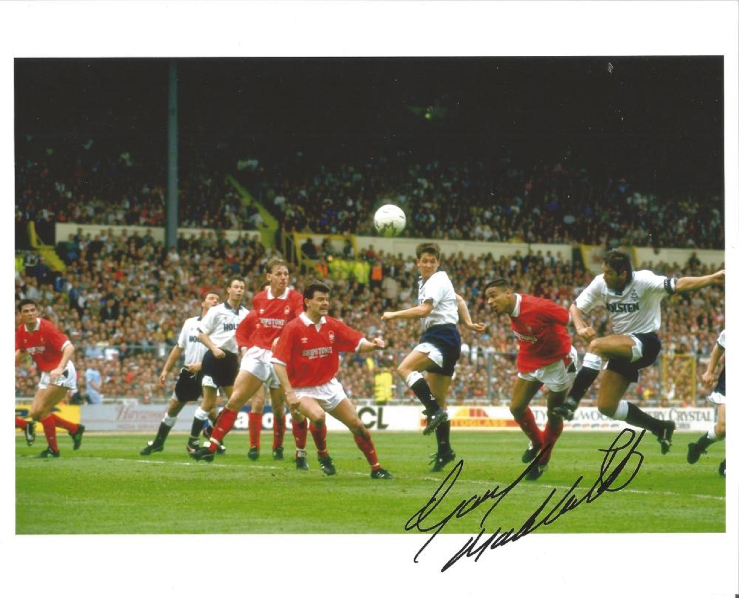 Football Gary Mabbutt signed 10x8 colour photo pictured in action in the FA Cup final for
