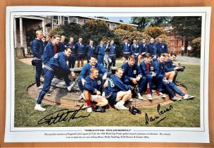 Football, Martin Peters and Sir Geoff Hurst signed 12x18 colour photograph picturing the 1966