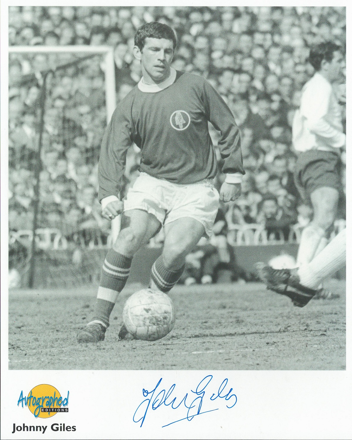Football. Johnny Giles Signed 10x8 Autographed Editions page. Bio description on the rear. Photo