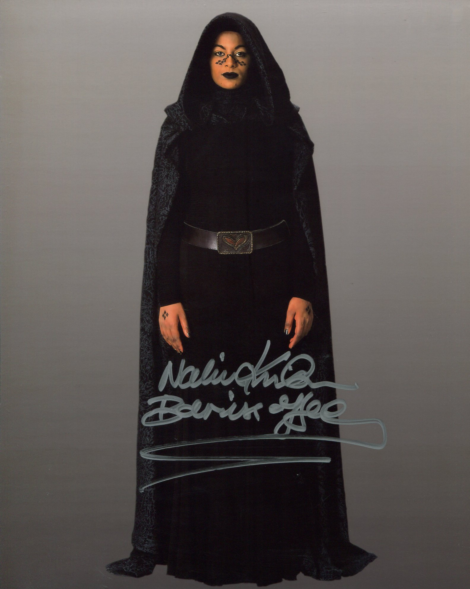 Star Wars 8x10 photo signed by Nalini Krishan as Barris Offee in Star Wars Episode II Attack of