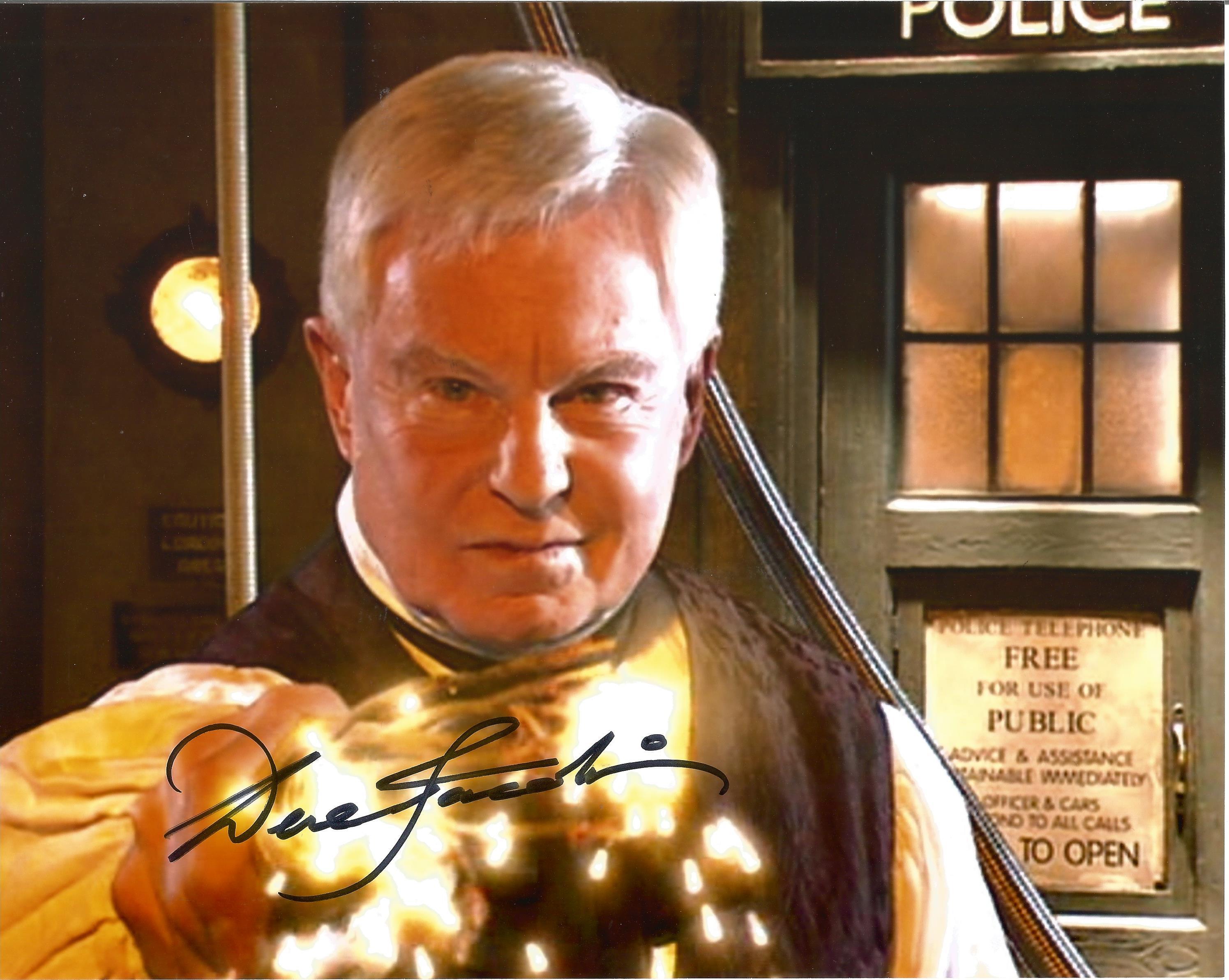 Derek Jacobi signed 10x8 Dr Who photo. Sir Derek George Jacobi CBE born 22 October 1938 is an