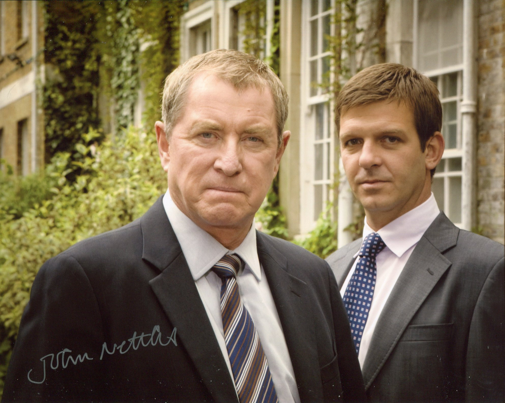 Midsomer Murders 8x10 photo signed by actor John Nettles as Inspector Barnaby. Good condition. All