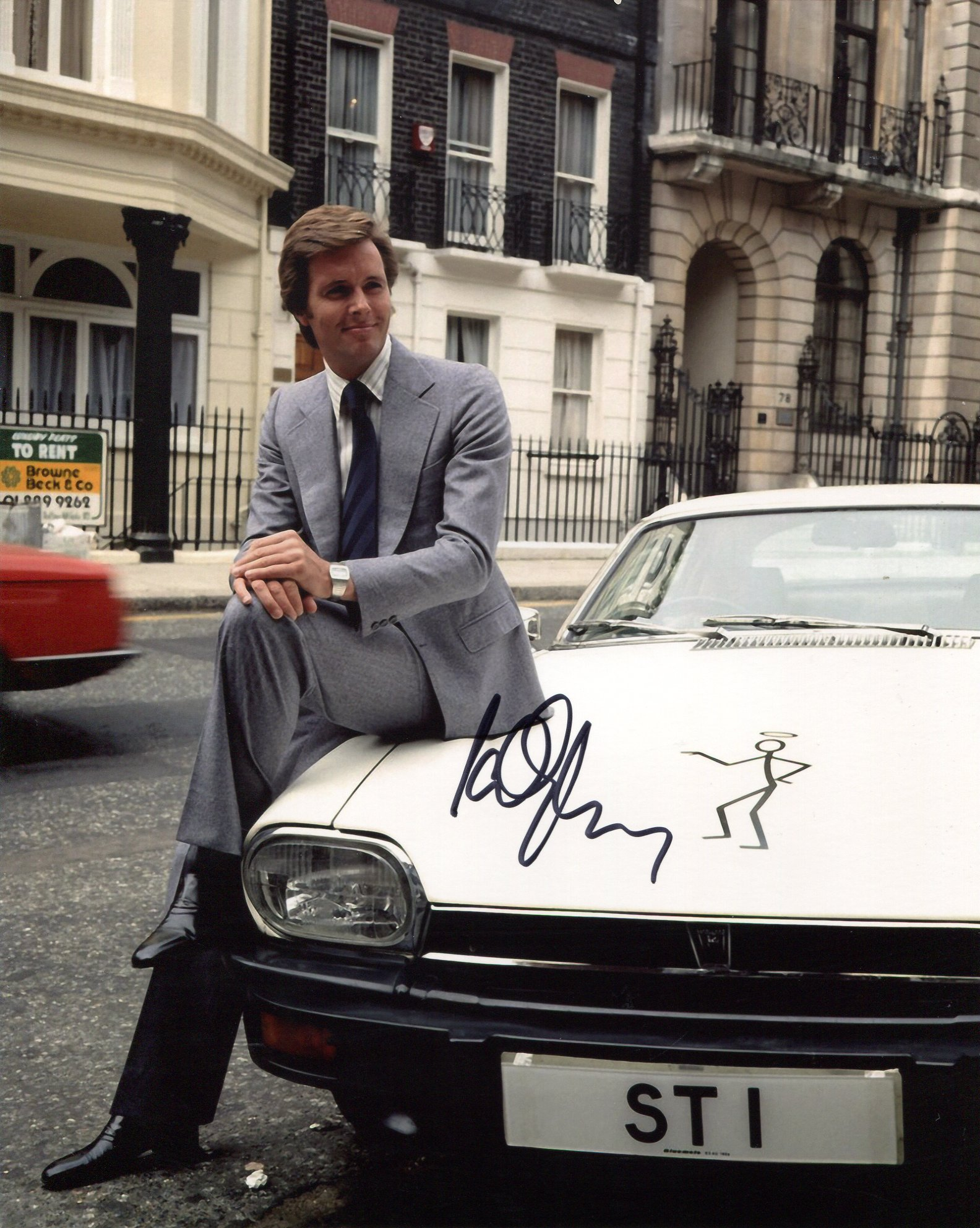 The Saint, 8x10 photo signed by The Saint himself, actor Ian Ogilvy. Good condition. All