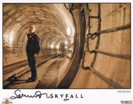 Film Director Sam Mendes signed 10x8 Coloured Photo