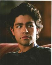 Adrian Grenier actor signed 10 x 8 inch Colour Photo. Adrian Sean Grenier is an American actor,