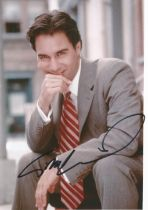 Eric McCormack actor signed colour photo 10 x 8 inch. A Canadian American actor and singer known for