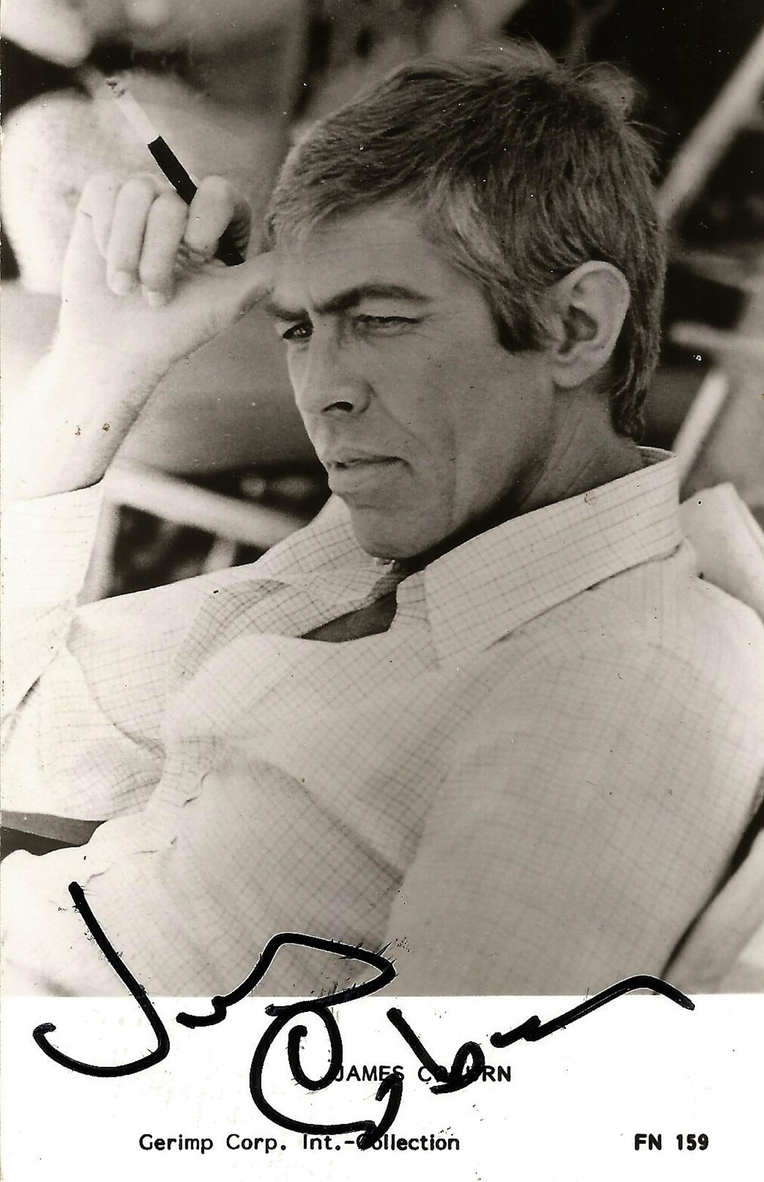 James Coburn signed 6x4 black and white photo. August 31, 1928 - November 18, 2002, was an