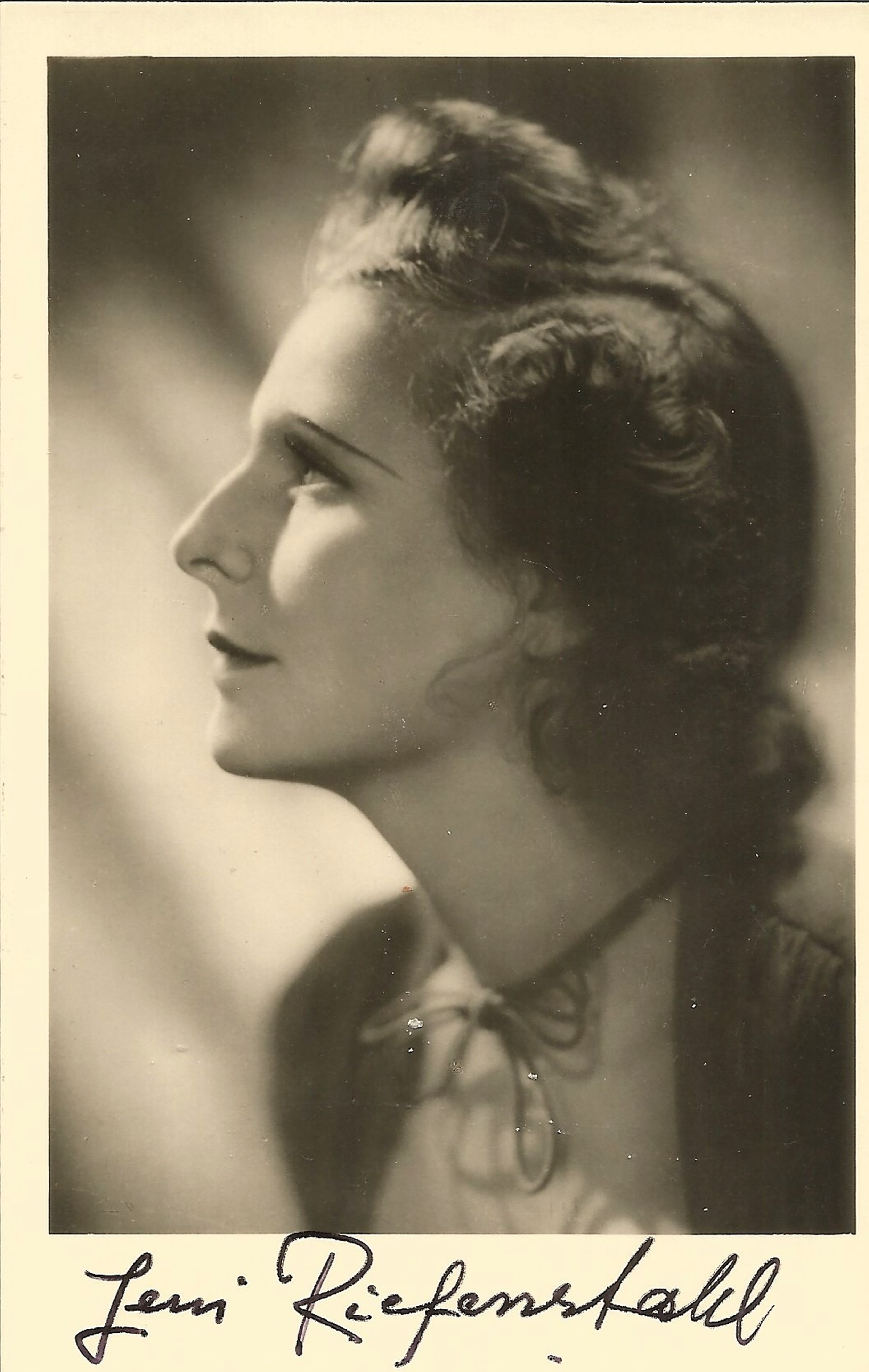 Leni Riefenstahl signed 5x3 vintage photo. Good condition. All autographs come with a Certificate of