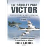 Roger R. Brooks. The Handley Page Victor. A history and development of a classic jet VOL 1. A WW2