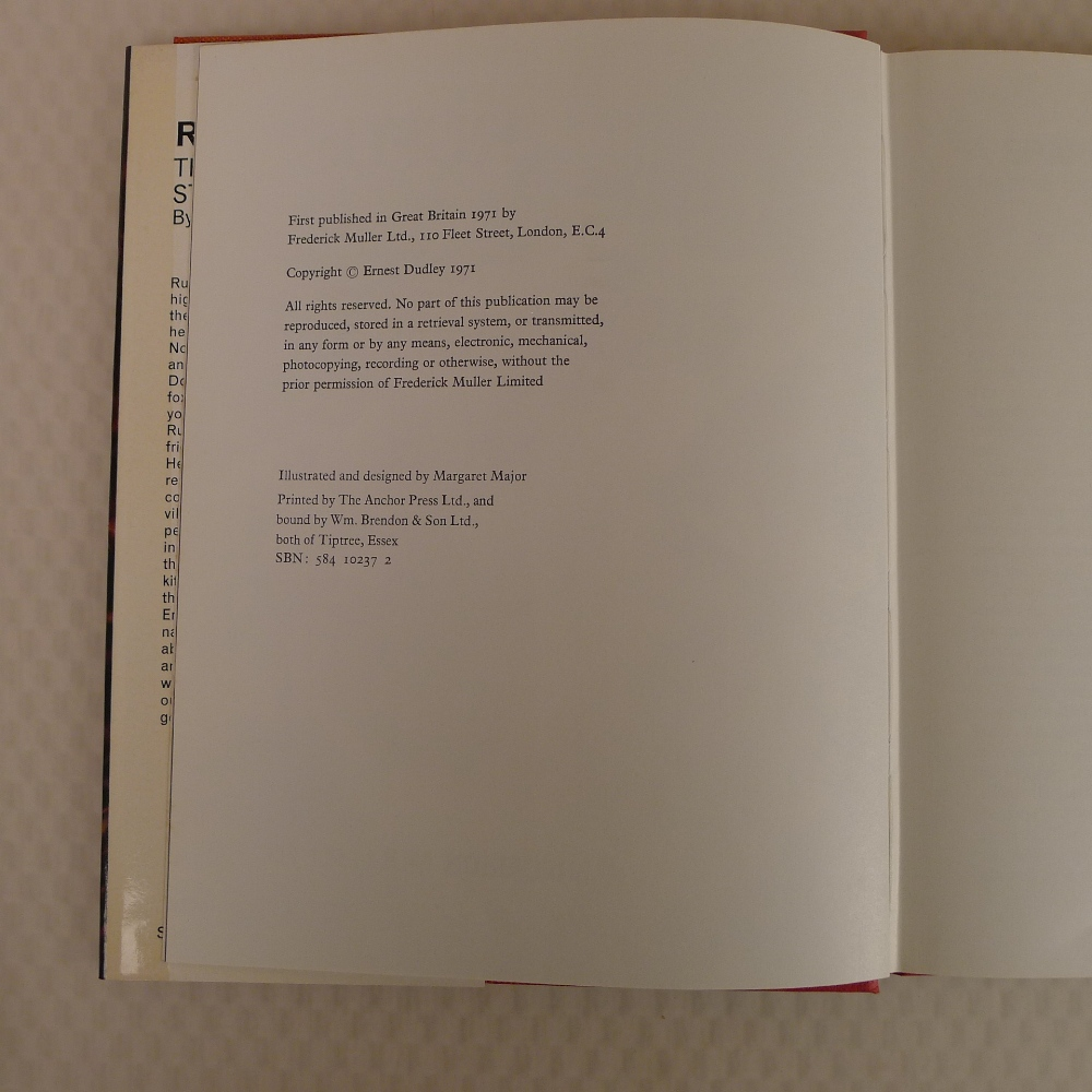 4 x various vintage hardback books on foxes comprising For the Love of a Wild Thing by Ern Dudley - Image 9 of 11
