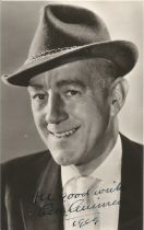 Alec Guinness signed 6 x 4 inch b/w photo dated 1959
