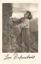 Leni Riefenstahl signed vintage 6 x 4 inch b/w mountaineering photo