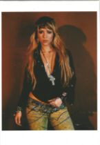 Music Shakira signed 10 x 8 inch colour photo