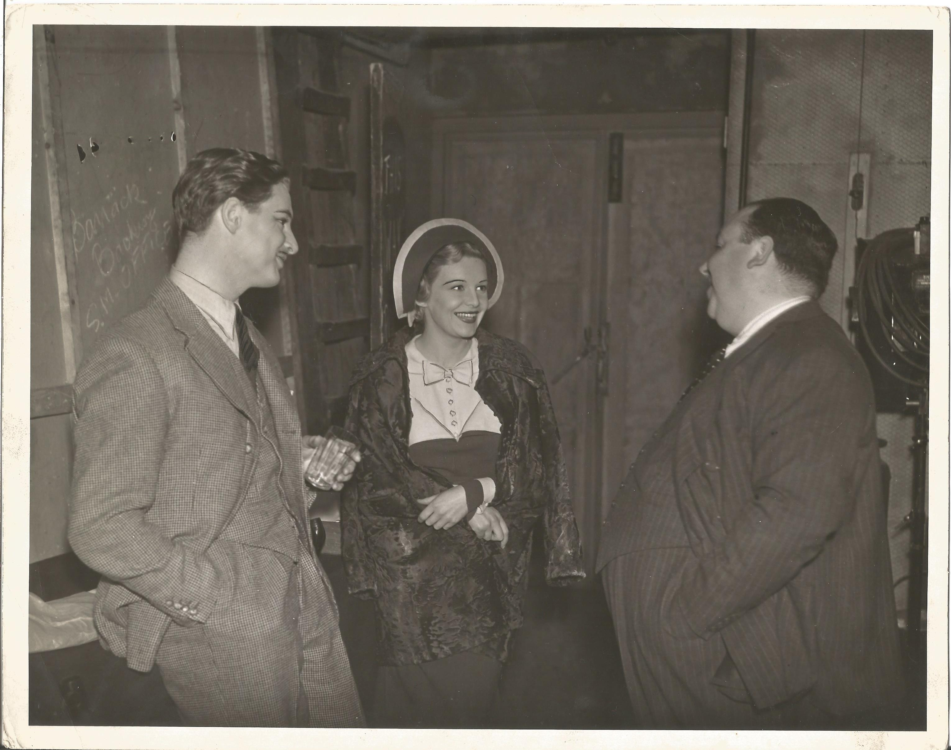 Classic Movies Unsigned photographs, Alfred Hitchcock, Great Garbo, Leslie Howard - Image 3 of 5