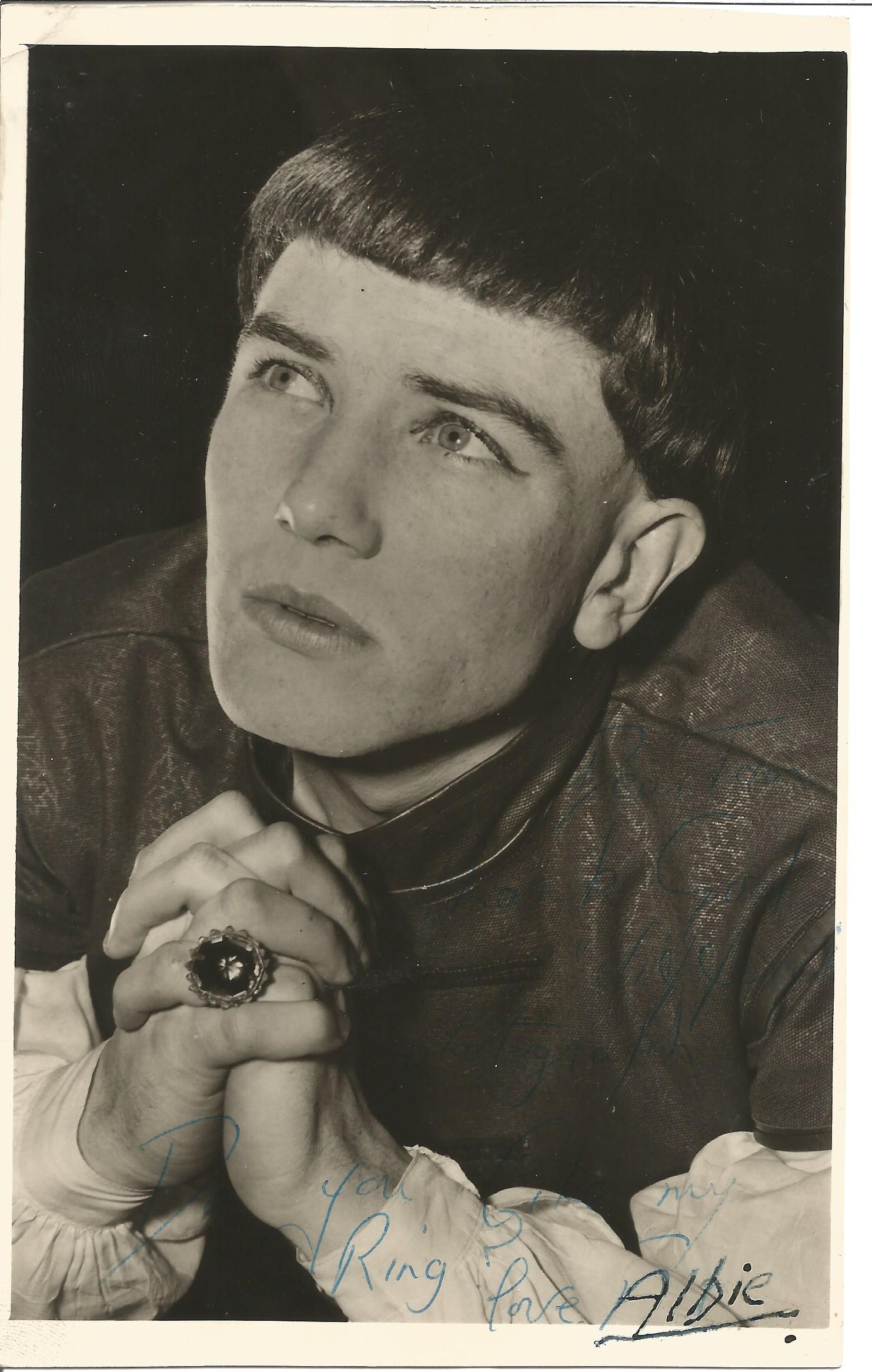 Actor Albert Finney inscribed 7½x5 on a very early image from 1957, signed Albie which has been