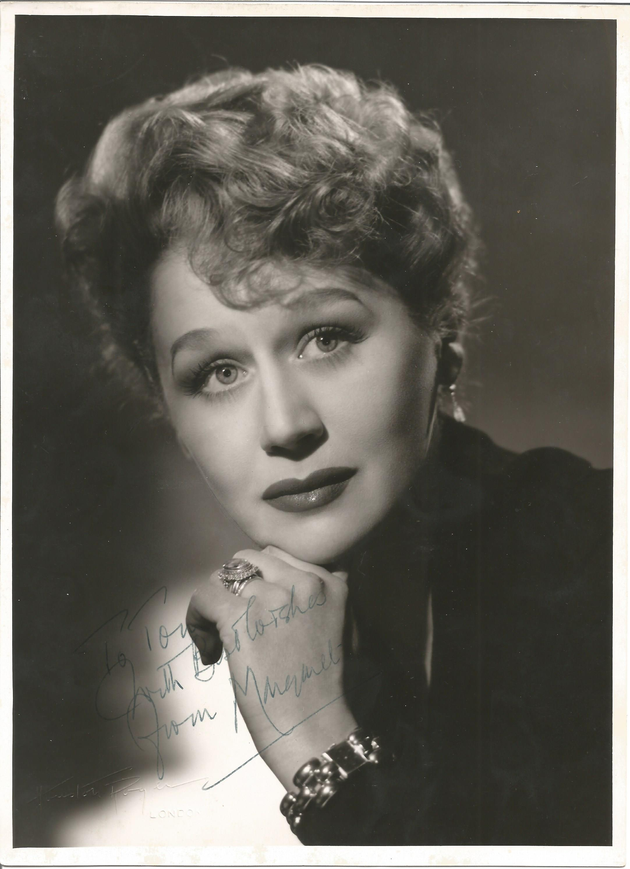Actress Margaret Leighton vintage black and white 10x7 photo, dedicated to Tom and signed