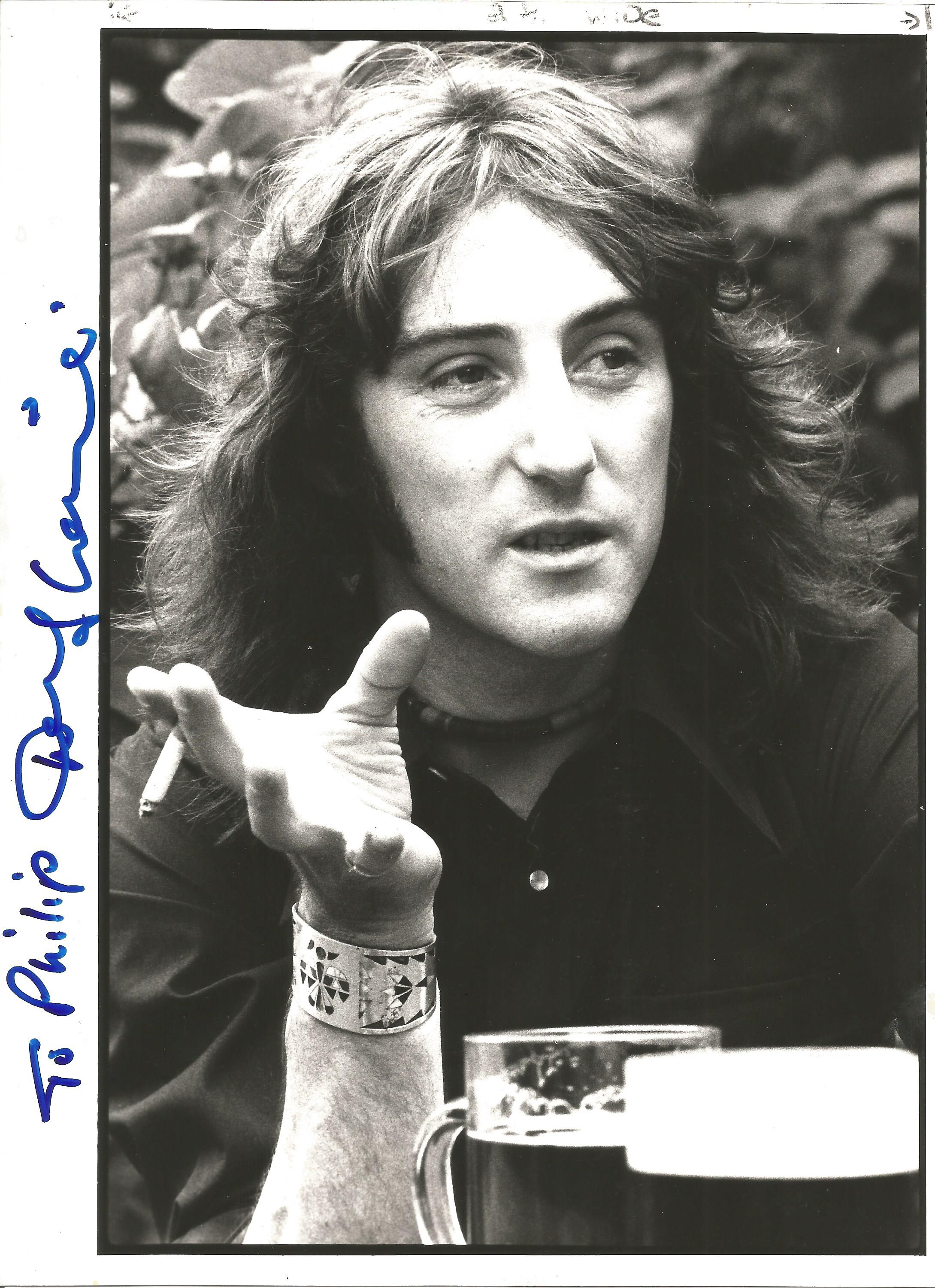 Musician Denny Laine signed 10x8 black and white photo. Denny Laine is an English musician,
