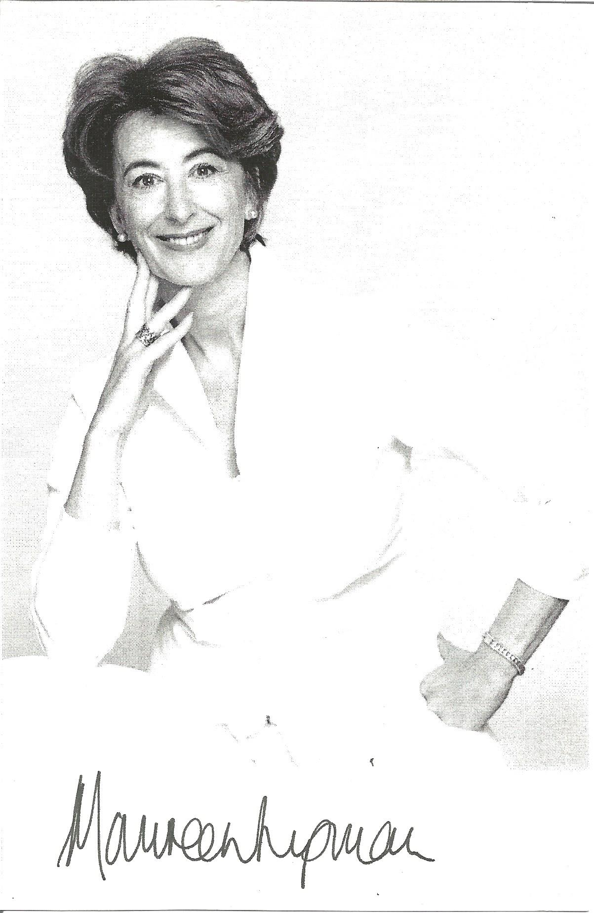 Actress Maureen Lipman signed 6x4 black and white photo. Dame Maureen Diane Lipman DBE is an English